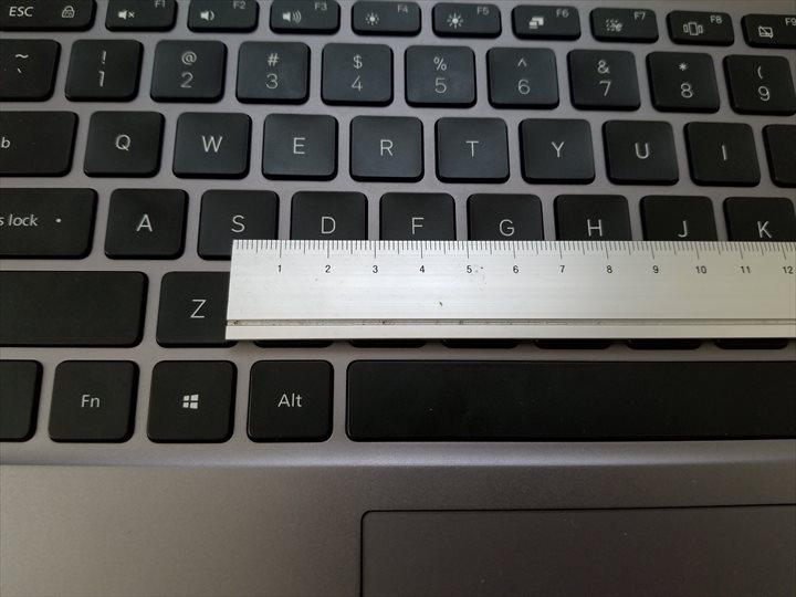 mi notebook pro キーピッチ