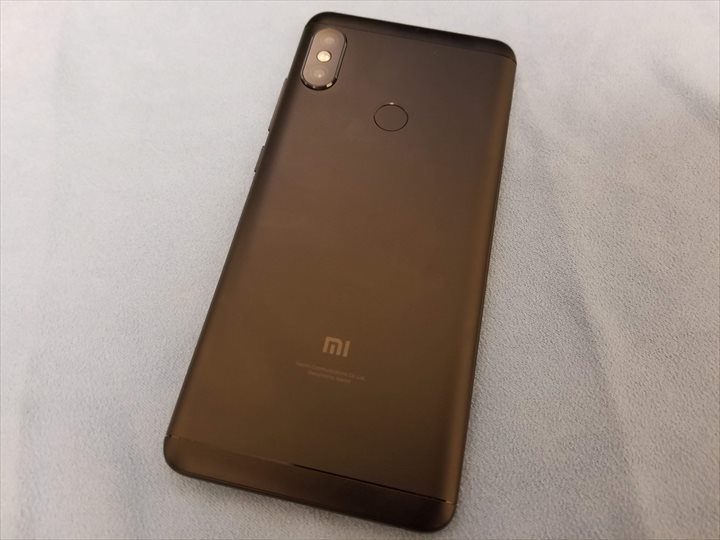 Xiaomi Redmi Note 5 バック