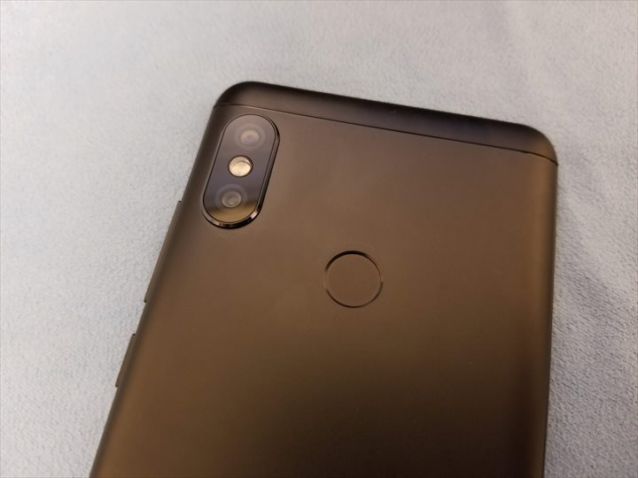 Xiaomi Redmi Note 5 カメラ並び